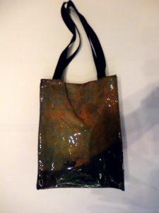 Bolsa de charol negro Perro semi hundido de Francisco de Goya